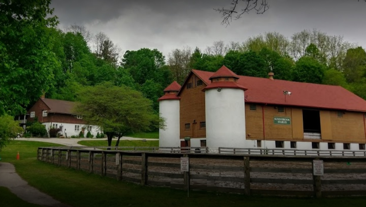 Sunnybrook Stables Horse Canada