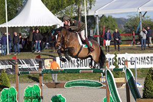 Captain Geoff Curran and Ringwood Glen clinched victory for Ireland in a cliff-hanging second round at the FEI Nations Cup™ Jumping 2017 Europe Division 2 leg in Drammen, Norway. Photo by FEI/Hannah Stærkebye