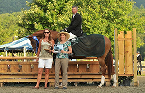 "Harold Chopping of Southern Pines, NC, won the $5,000 3'3"" NEHJA Hunter Derby, presented by Eastern Hay, riding Gold Rush on Thursday, August 3, at the Vermont Summer Festival in East Dorset, VT. Photo by Andrew Ryback Photography"