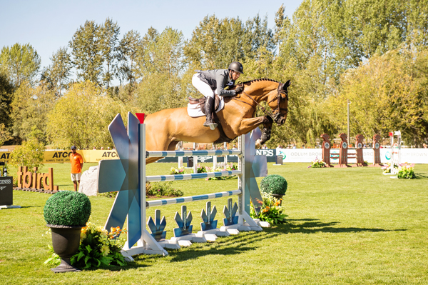 Thumbnail for Chris Surbey places 2nd, Conor Swail wins Longines FEI World Cup Jumping at TBird