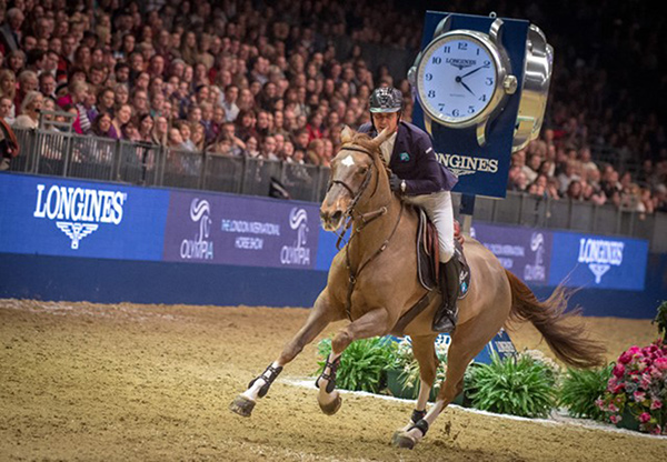 The French partnership of Julien Epaillard and his speedy mare Toupie de la Roque produced a brilliant last-to-go victory at the eighth leg of the Longines FEI World Cup™ Jumping 2017/2018 Western European League at London Olympia (GBR). Photo by FEI/Jon Stroud