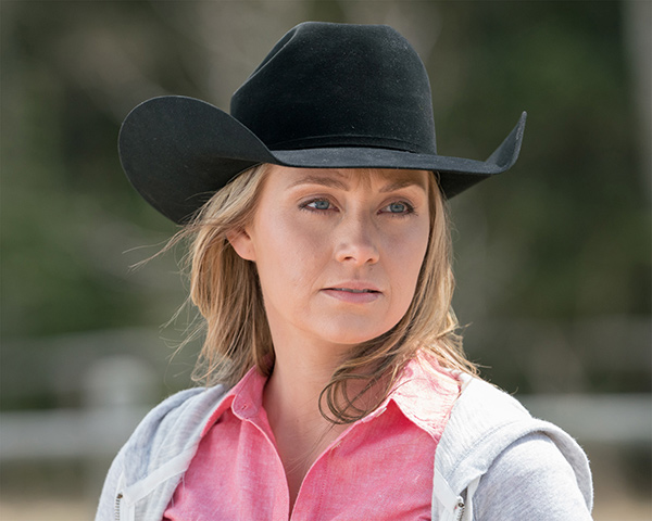 Amber Marshall Takes on the Role of Mom in Heartland Season