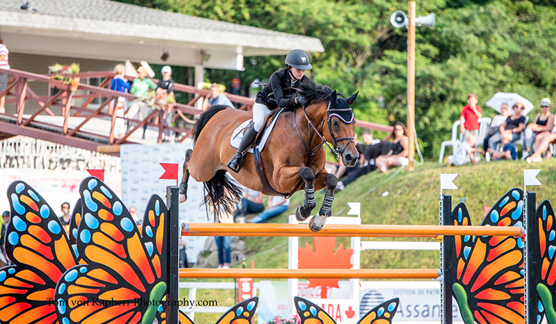 Lucy Deslauriers & Hester won the FEI CSI3* Open Classic of 2018 International Bromont I.