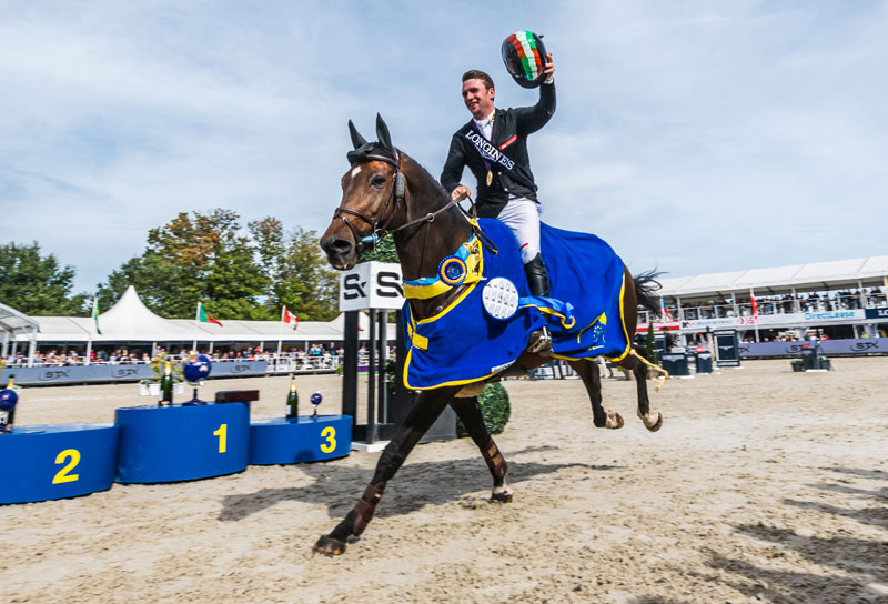 Richard Howley and Uppencourt Cappucino lead the victory parade after an Irish whitewash in the Five-Year-Old championship at the FEI WBFSH World Breeding Jumping Championships for Young Horses 2018 in Lanaken, Belgium. Photo by FEI/Jeroen Willems