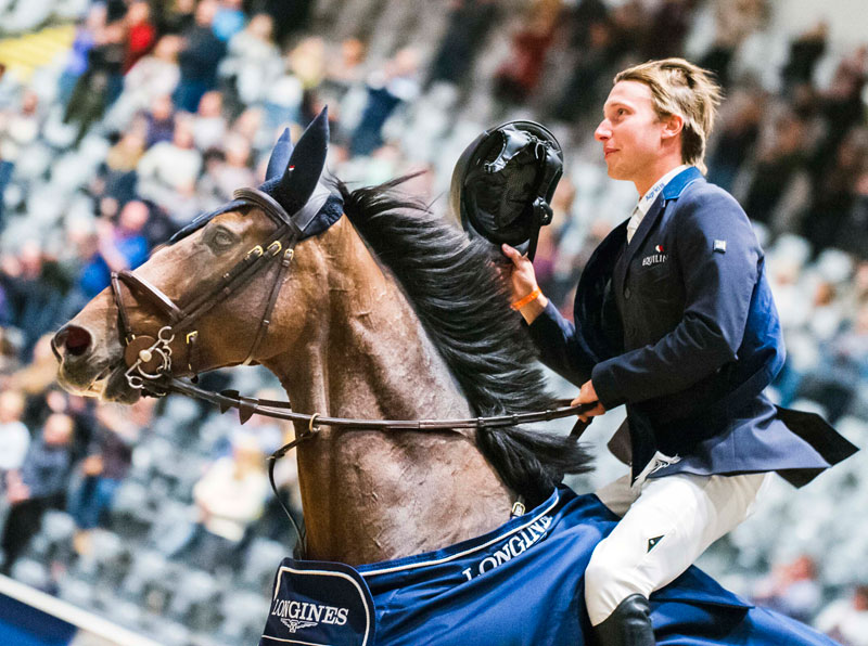 Sweden's Douglas Lindelöw and the brilliant gelding Zacramento proudly take their victory lap at the opening leg of the Longines FEI Jumping World Cup™ 2018/2019 Western European League in Oslo (NOR) today. Photo by FEI/Satu Pirinen