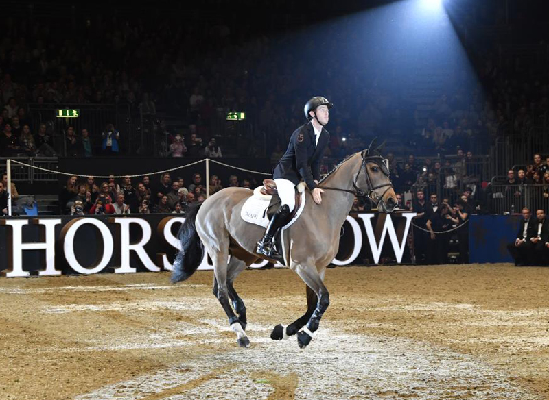 Thumbnail for Scott Brash Bids Farewell to Ursula at Olympia