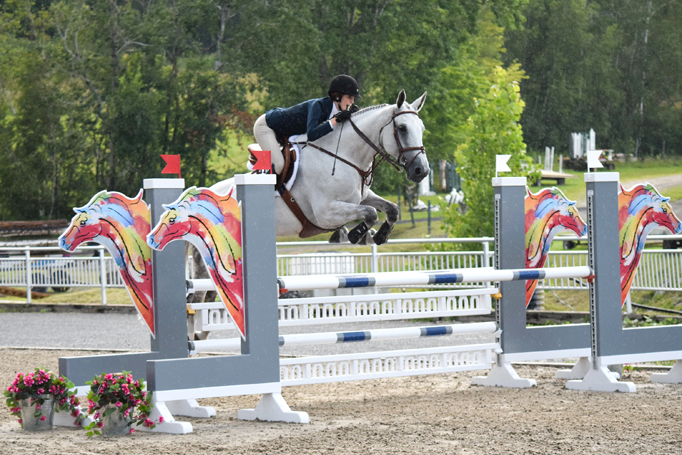 Béatrice Daviault and Lia winning the CET Medal class at the 2017 L'International Bromont I in Bromont, QC. Photo Ccurtesy of L'International Bromont