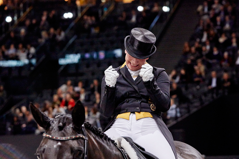 German superstar, Isabell Werth, returns to defend her title at the FEI Dressage World Cup™ 2019 Final in Gothenburg (SWE) this week. She'll have to fend off many powerful opponents, including America's Laura Graves. Photo by FEI/Liz Gregg