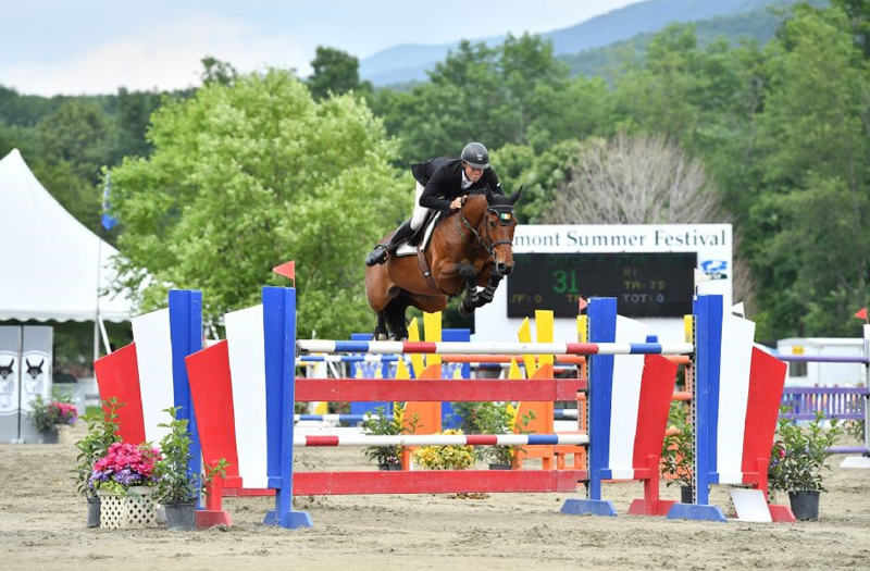 Kevin McCarthy won the $10,000 Manchester Designer Outlets Welcome Stake, presented by Vineyard Vines, riding Catch A Star HSS, at the Vermont Summer Festival.. Photo by Andrew Ryback Photography