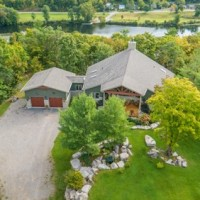 Ontario dream 8.3 acres outdoor paradise 1 of a kind Custom Designed Home River front / Lake access