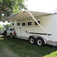 Horse trailer, excellent condition, safetied