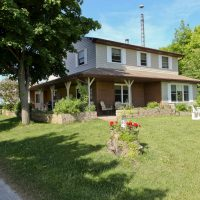 COUNTRY ESTATE,near Bruce Power,4br home,Coverall,barn