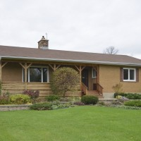 *SOLD*OTTAWA - 22 ACRES, BUNGALOW AND BARNS